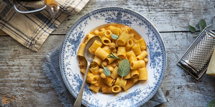 pasta e ceci: una ricetta veloce, facile e nutriente