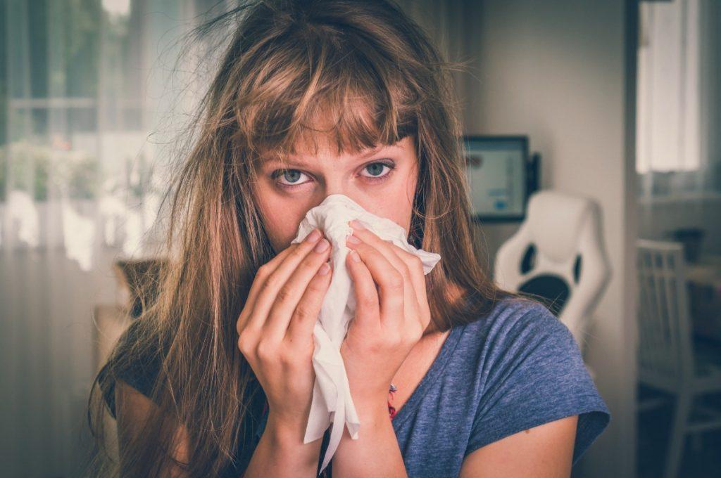 raffreddore gli italiani si ammalano più di francesi e tedeschi