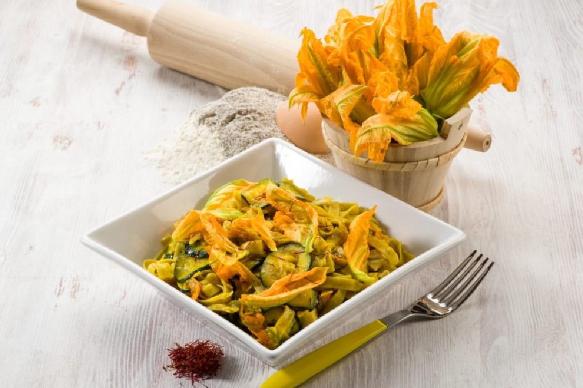tagliolini zucchine e zafferano
