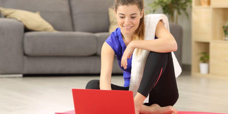 Adolescenti a casa: perché è importante mantenersi attivi e quale attività fisica praticare