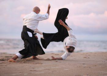 aikido: cos'è, storia, allenamento, tecnica, benefici e controindicazioni