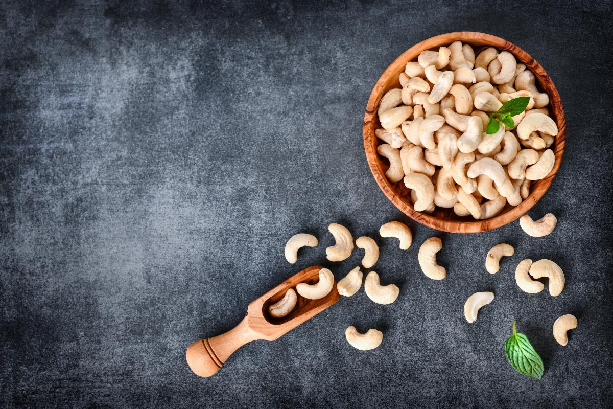 anacardi: proprietà, benefici per la salute, usi e ricette