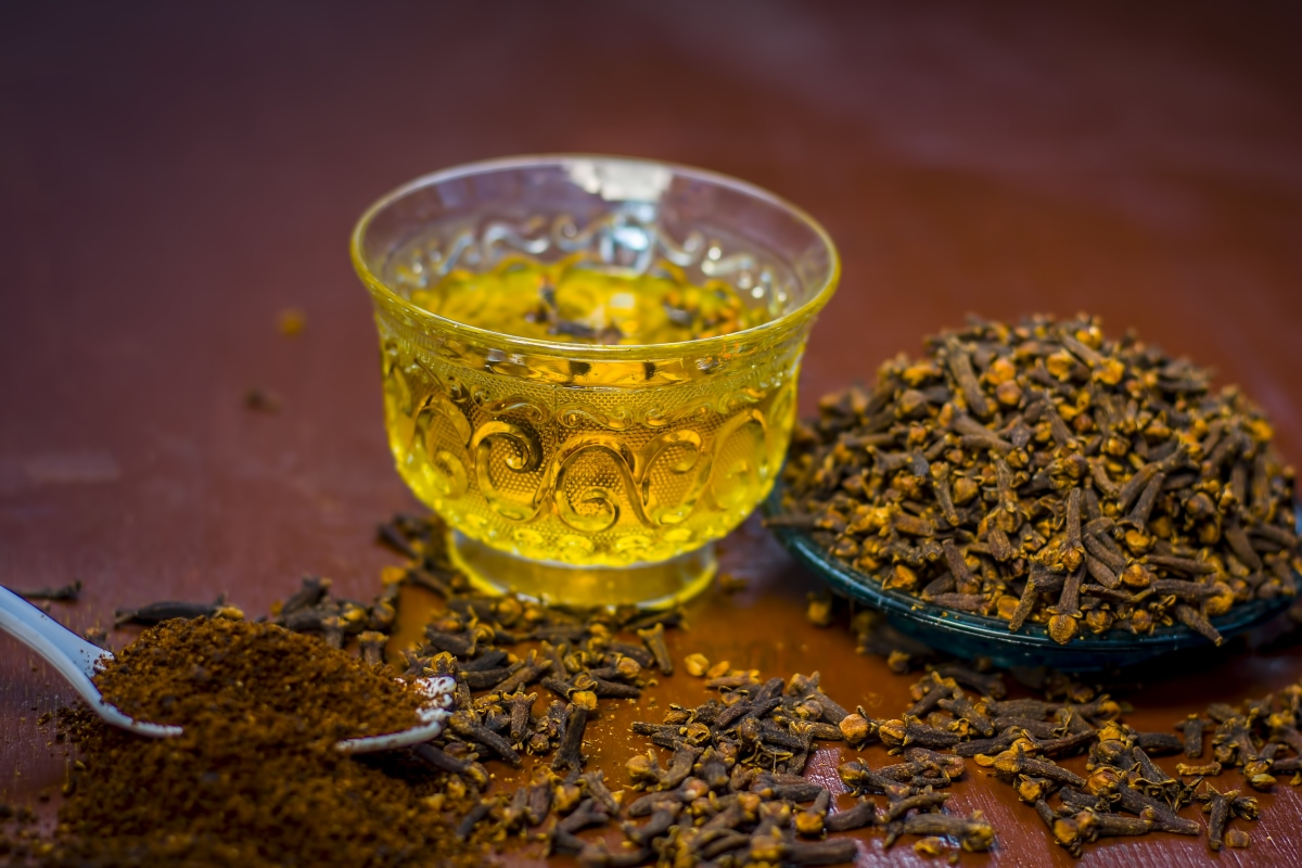 olio di garofano: trattamenti naturali