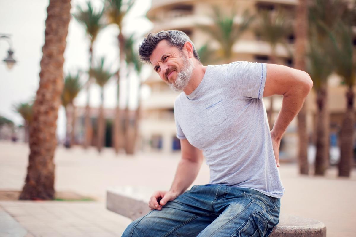 colpo della strega; cos'è, cause, sintomi, cura e prevenzione con esercizi