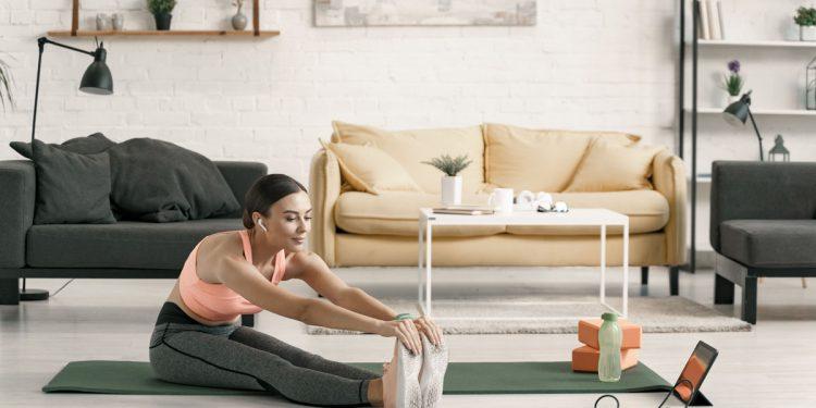 Home fitness: 10 programmi di Melarossa per allenarti a casa