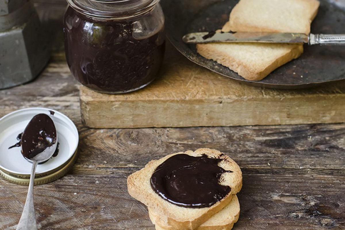 crema alle nocciole e cioccolato light