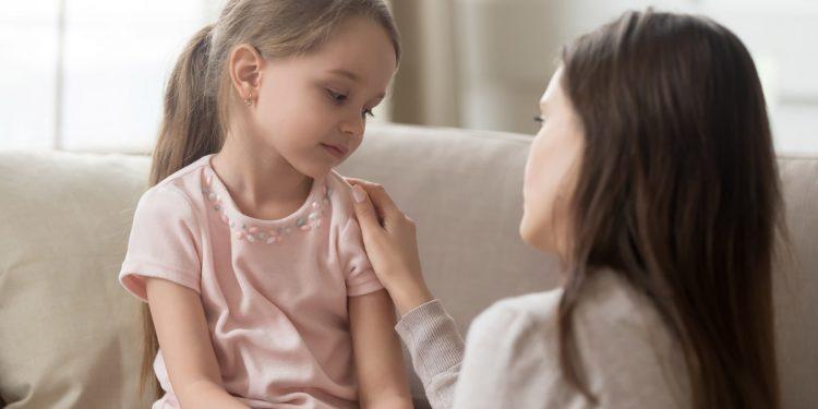 Emozioni: come aiutare i bambini a gestire ansia, paura, tristezza in quarantena. I consigli dello psicoterapeuta per #CiStoDentro
