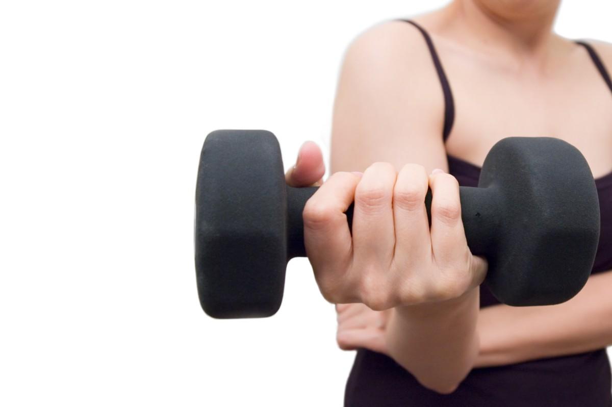 allenamento total body: braccia
