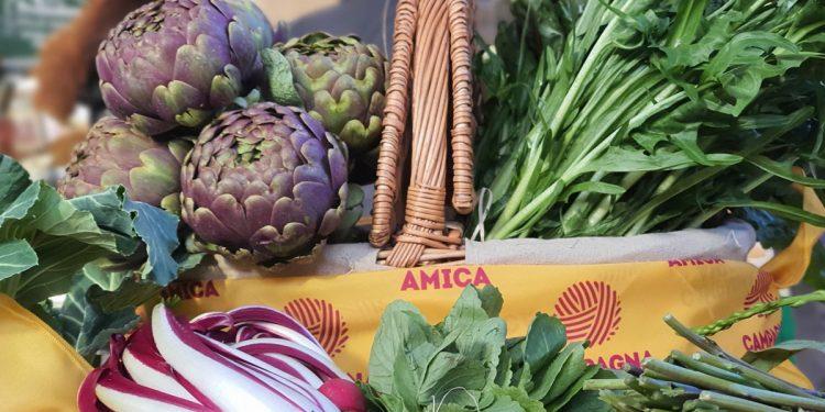 Campagna Amica porta a casa tua i prodotti agroalimentari italiani: a Roma arriva il Pacco salva dispensa del contadino