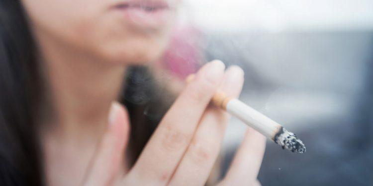 Il fumo di sigaretta è correlato a forme più gravi di Coronavirus: lo conferma uno studio