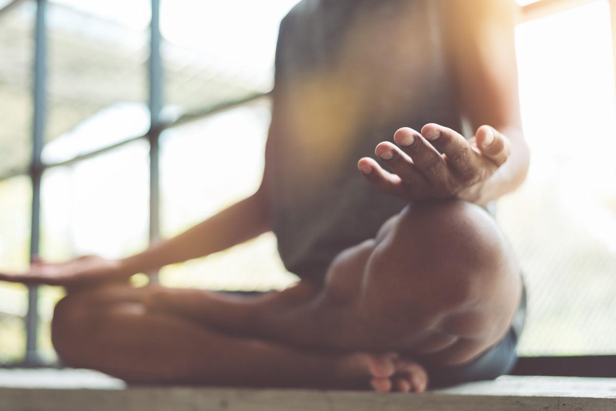 meditazione: cos'è, come si pratica, benefici