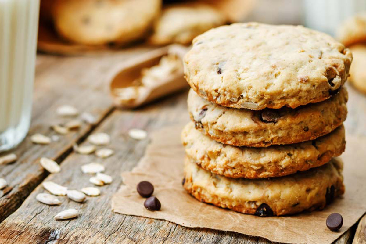 Ricette con cioccolato: cookies di avena con gocce di cioccolato