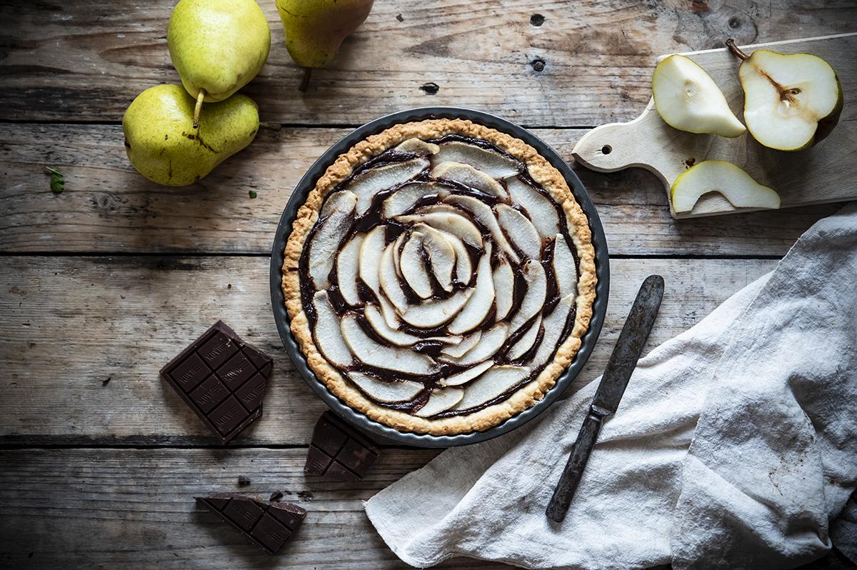 Ricette con cioccolato: crostata di pere e cioccolato