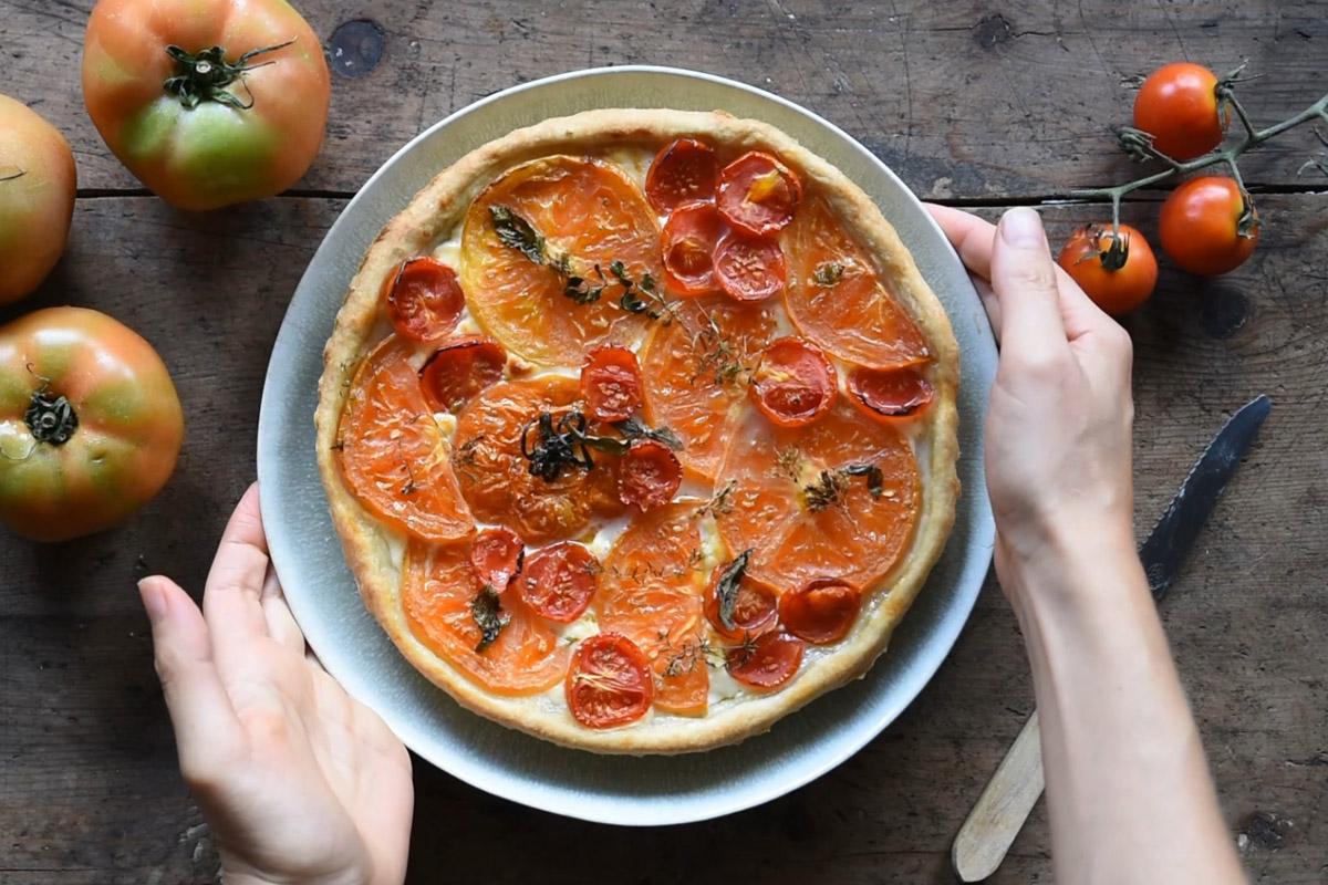 aperitivo torta salata pomodori stracchino
