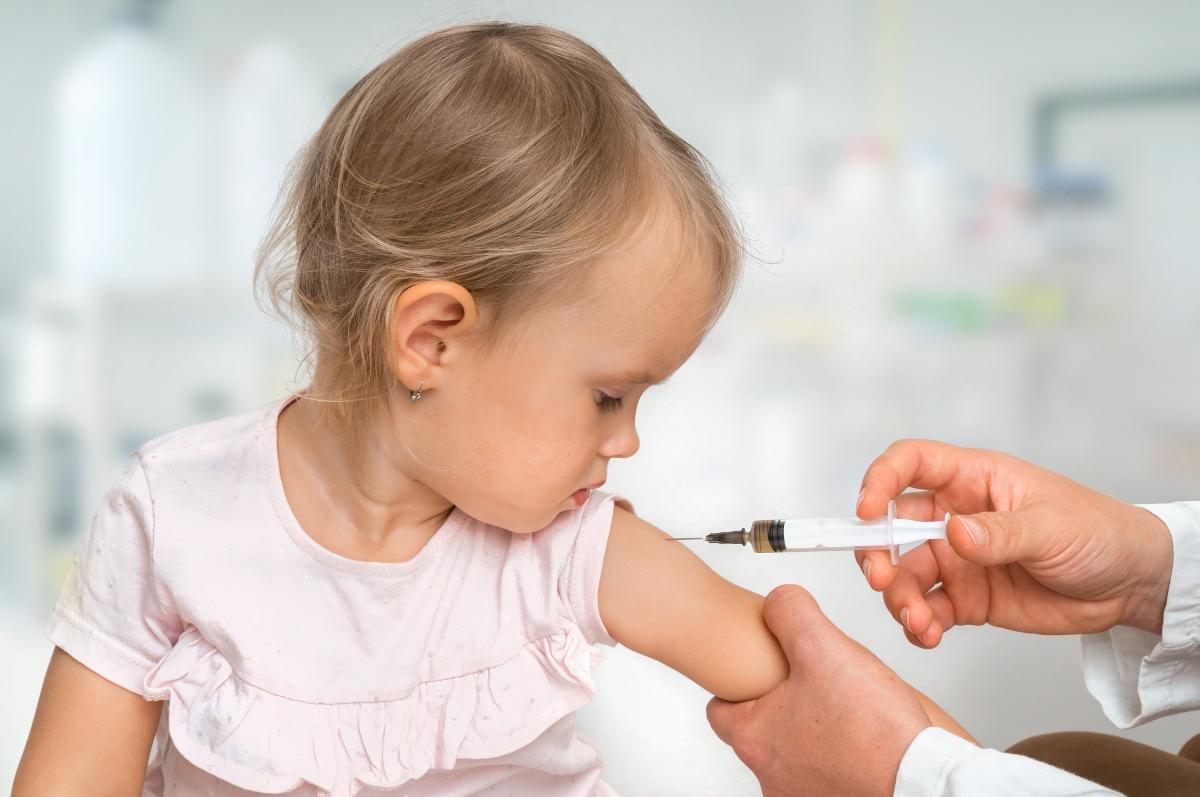 vaccini bambini da fare anche con corona virus
