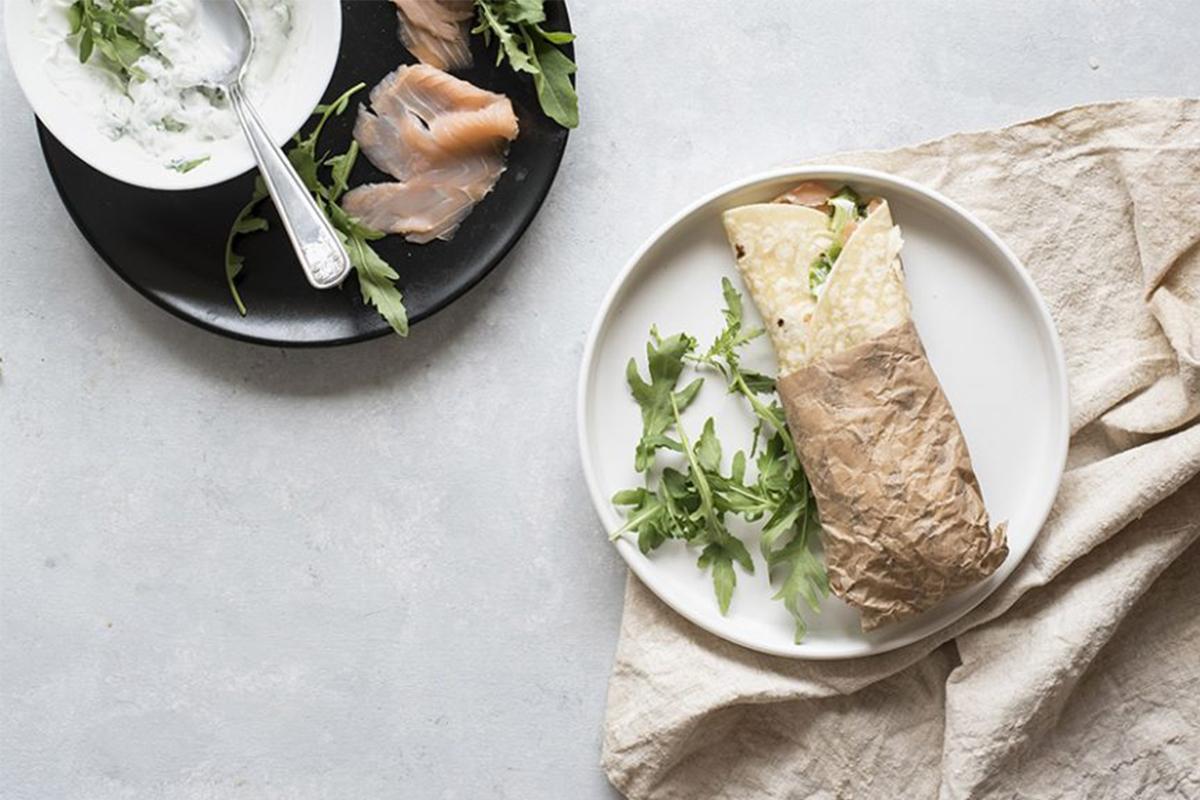 Yogurt greco: piadina con salmone e yogurt