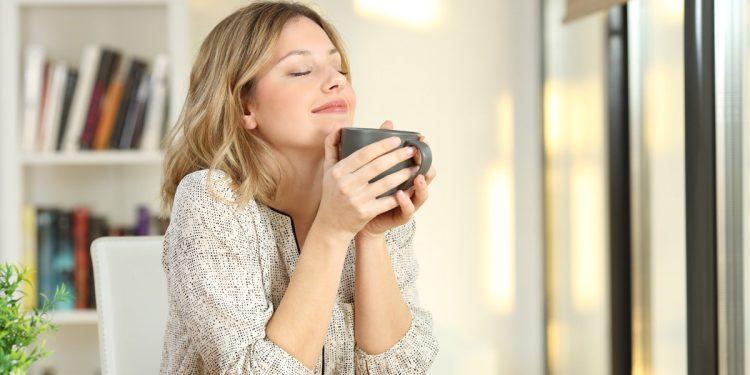 Caffè, meno grasso corporeo nelle donne che lo bevono rispetto a chi non lo consuma