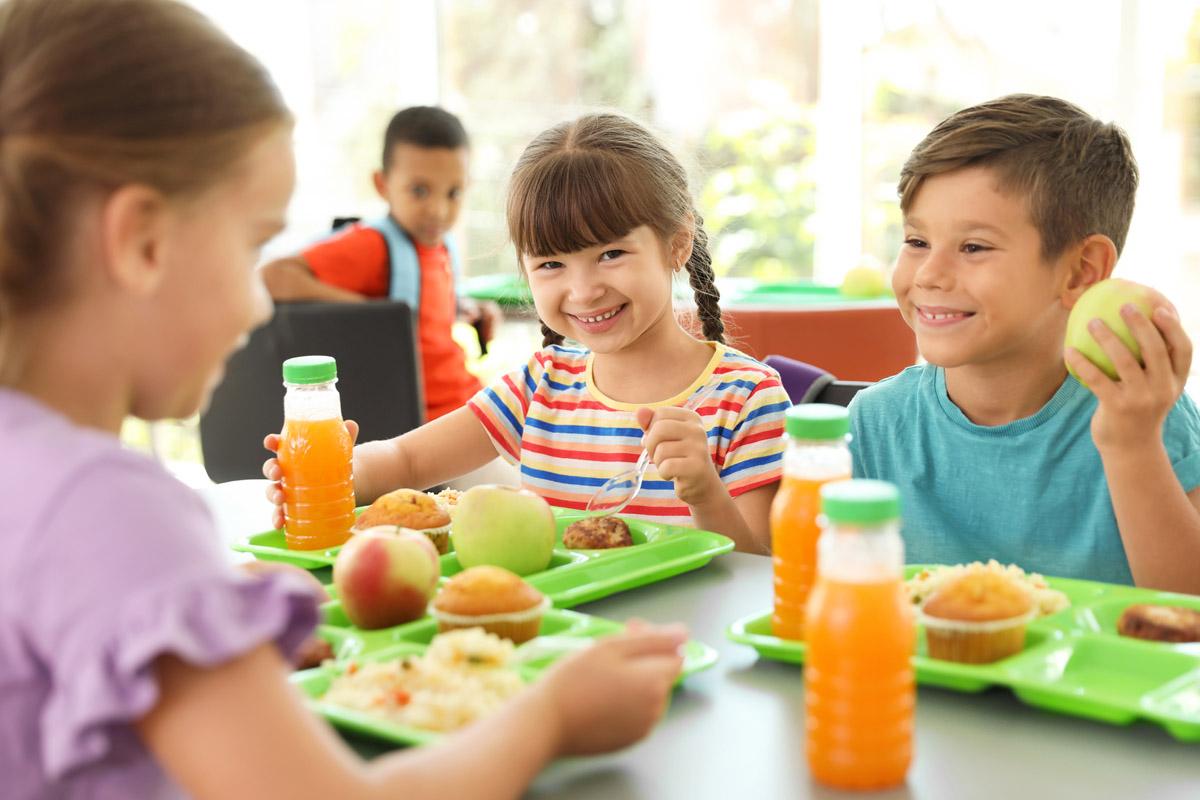educazione alimentare bambini mensa scolastica