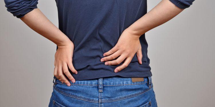 ernia al disco: cos'è, cause, sintomi, cura e prevenzione