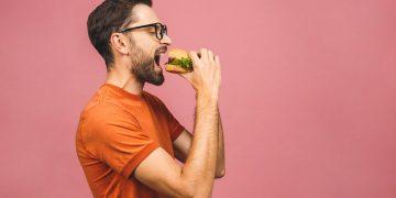 """Perché c'è chi mangia e non ingrassa? La chiave potrebbe essere il """"gene della magrezza"""""""