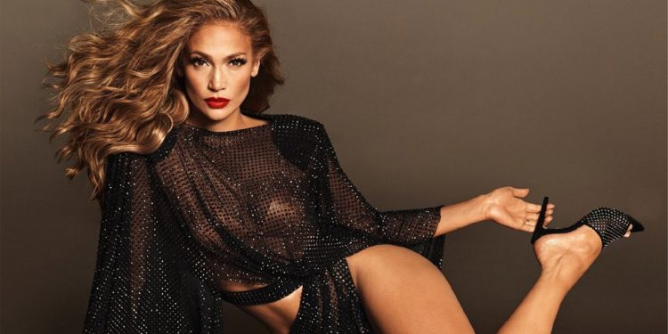 La dieta di Jennifer Lopez: dalla colazione alla cena, cosa mangia JLO per mantenersi in forma