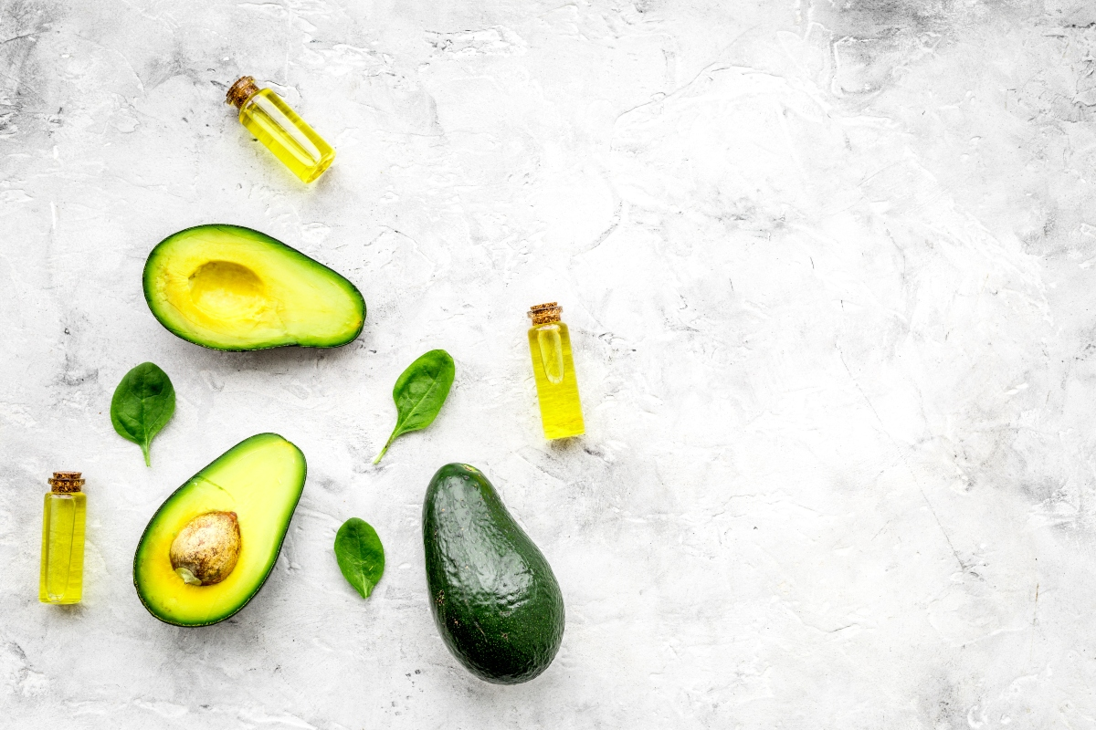oli vegetali: benefici dell'olio di avocado