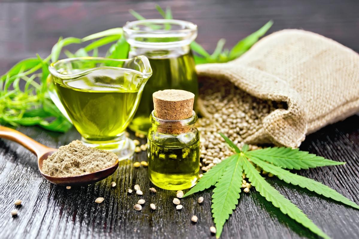 oli vegetali: benefici dell'olio di canapa