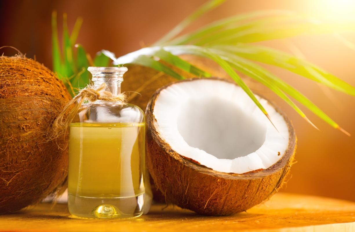 oli vegetali: benefici dell'olio di cocco