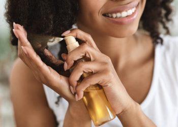 olio ristrutturante per capelli
