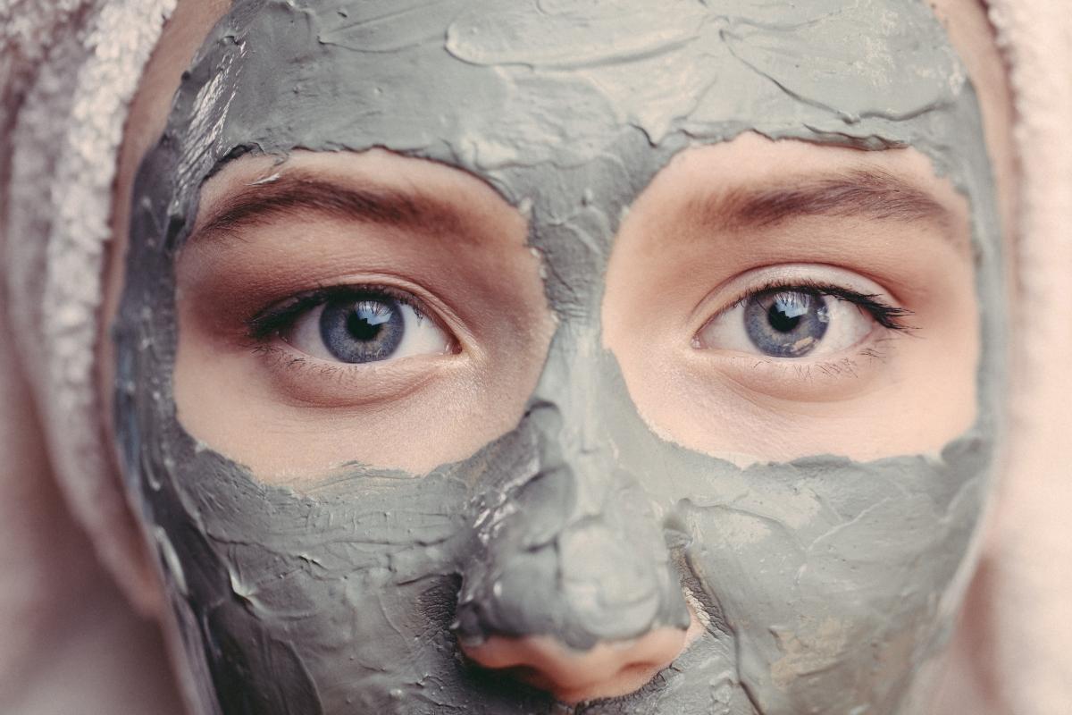 pelle grassa: maschera fai da te