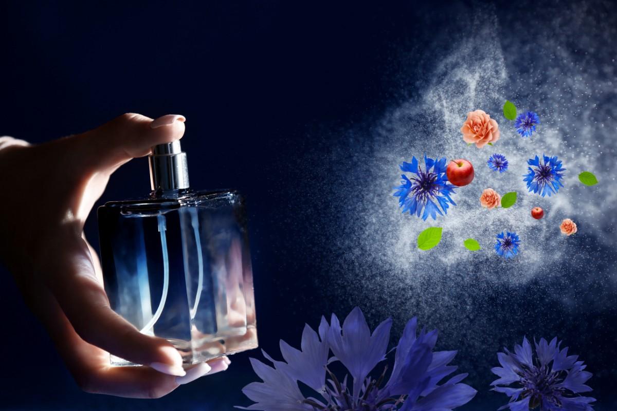 Acqua di fiordaliso: benefici per la pelle