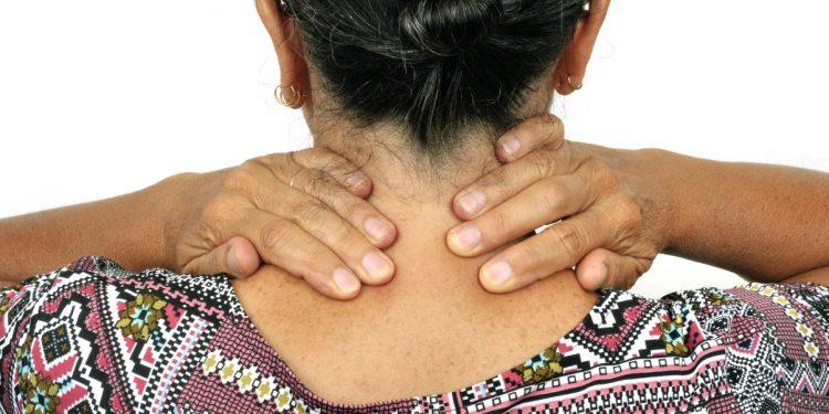 artrosi cervicale: cos'è, cause, sintomi e cure