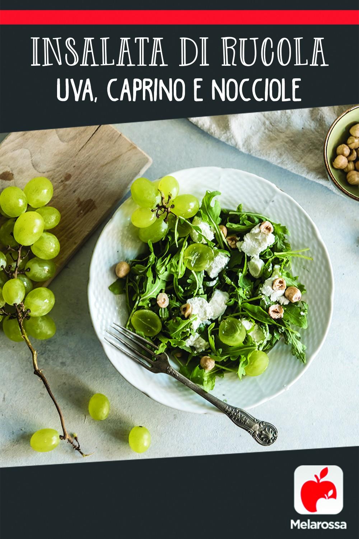 insalata di rucola, uva, caprino e nocciole