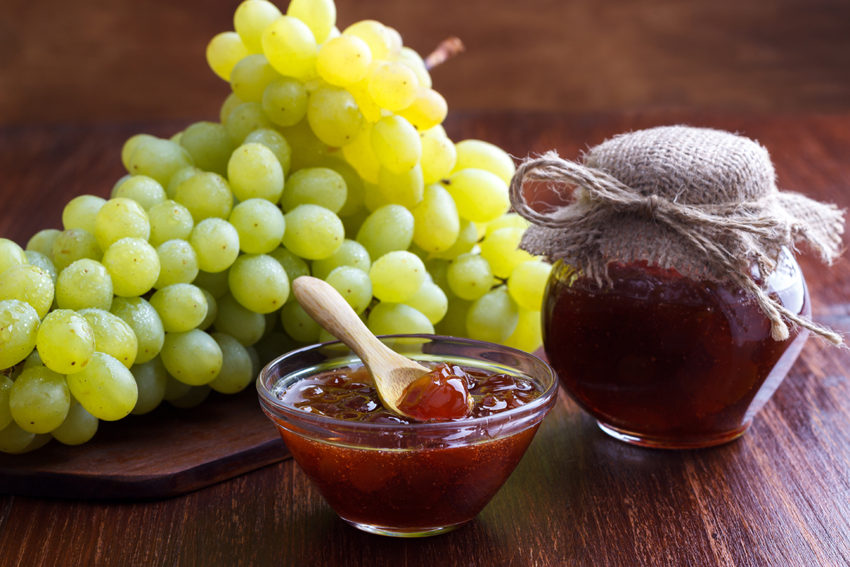 Agar agar: marmellata di uva e ananas