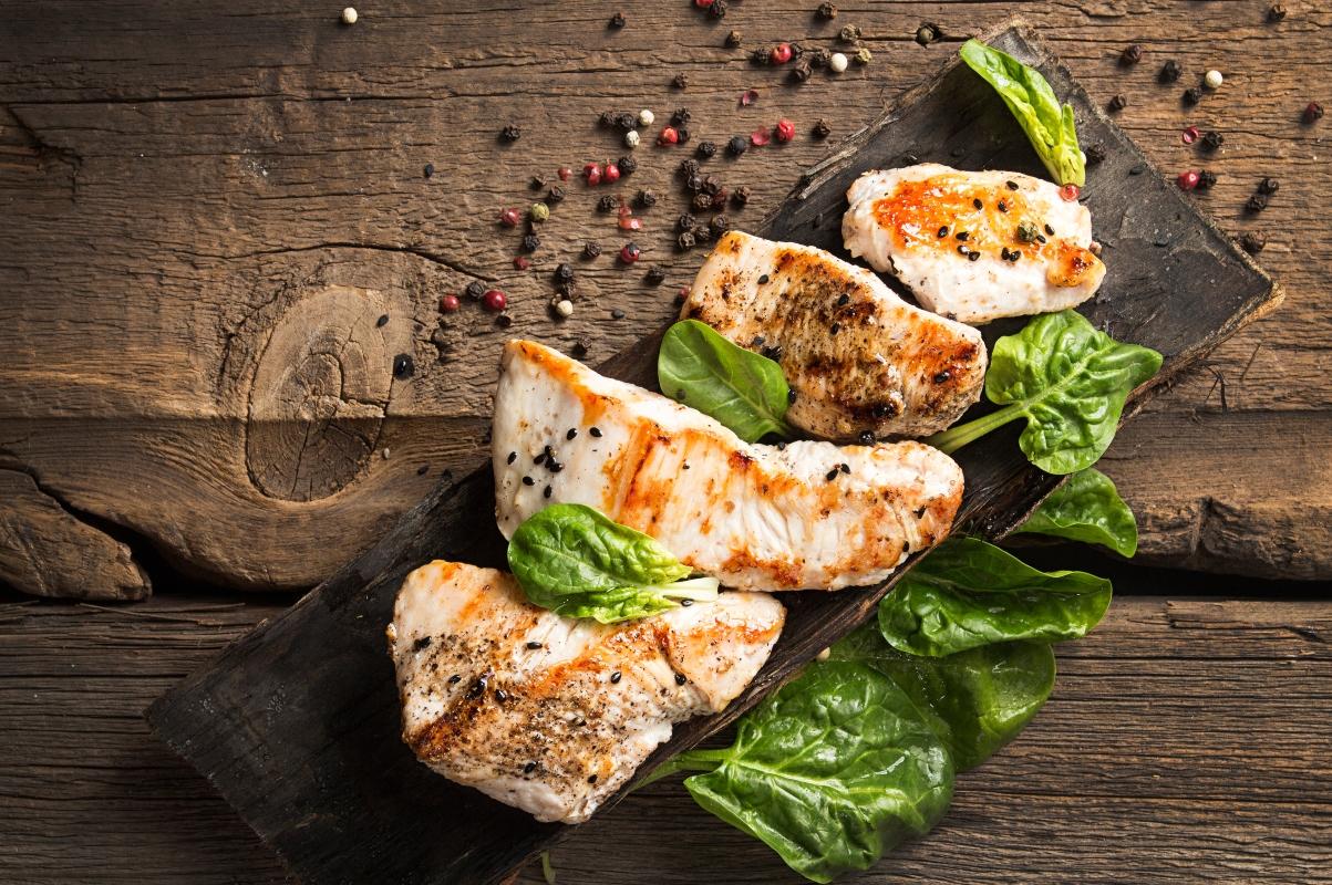 alimentazione per anziani: i cibi giusti per rimanere in forma