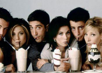 Friends: un brand di make up lancia una collezione ispirata alla serie cult anni '90