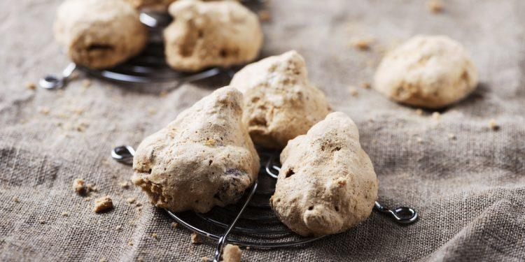 Brutti ma buoni: i biscotti al cioccolato e pistacchio