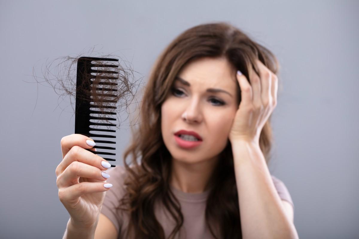 Caduta dei capelli: idee e consigli per combatterla con l ...
