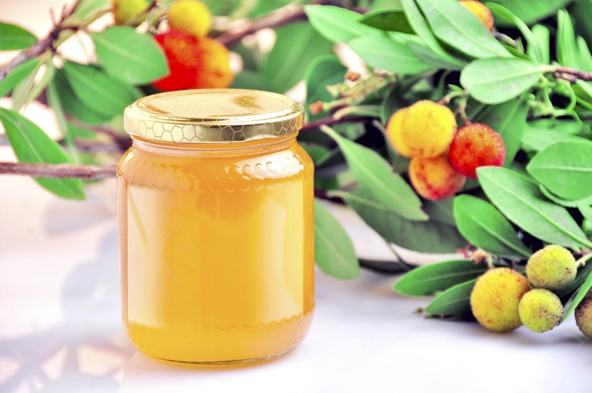miele di corbezzolo: benefici