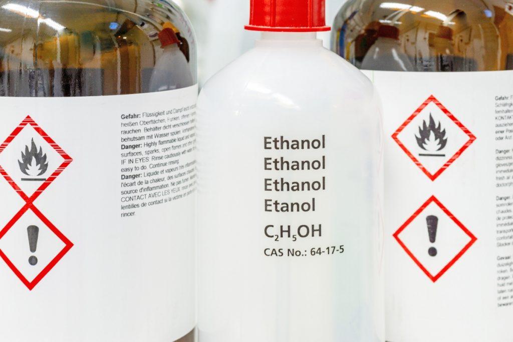 Coronavirus: fake news su etanolo