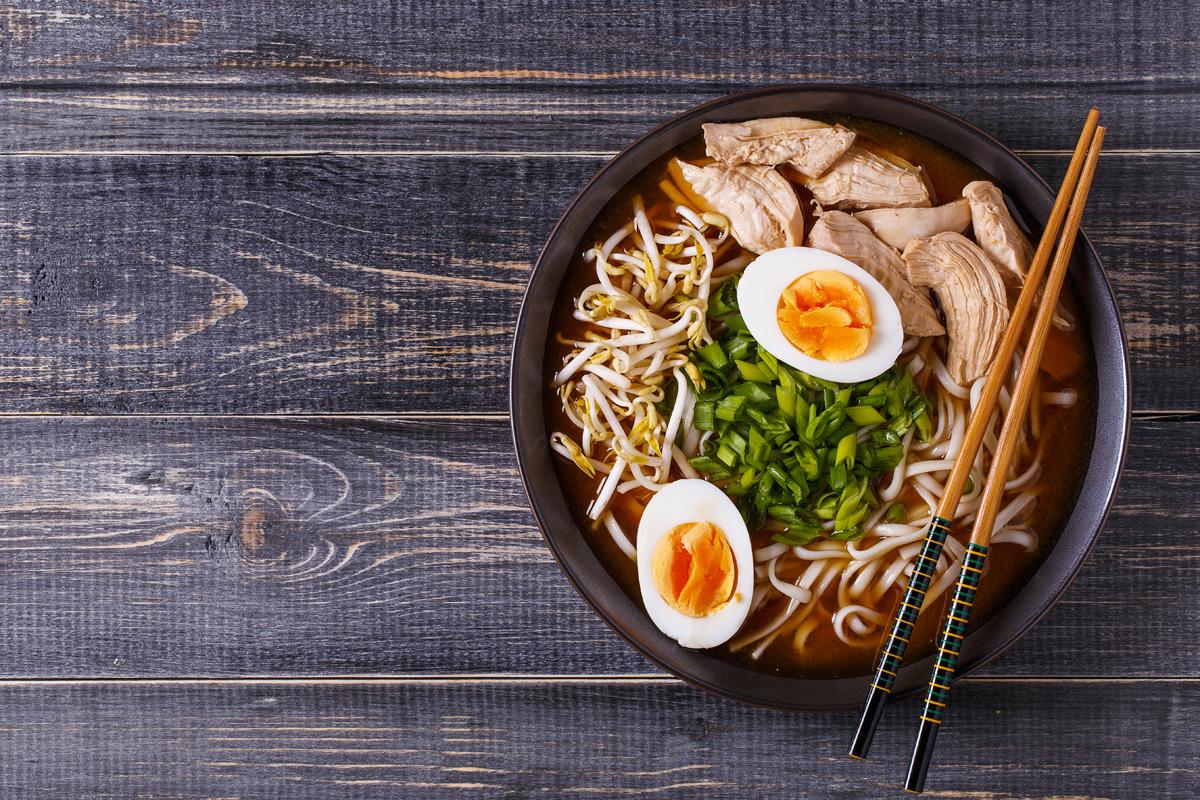 Ramen: che cos'è, i condimenti e come prepararlo a casa