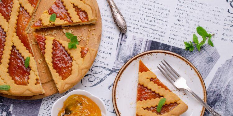 Crostata: storia, ricetta tradizionale, varianti e 8 ricette da provare