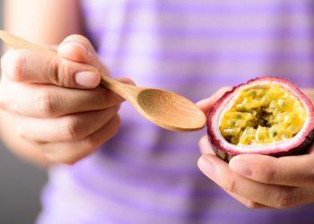 frutto della passione: cos'è. valori nutrizionali, benefici e usi