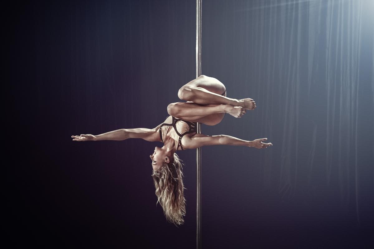 le discipline della pole dance