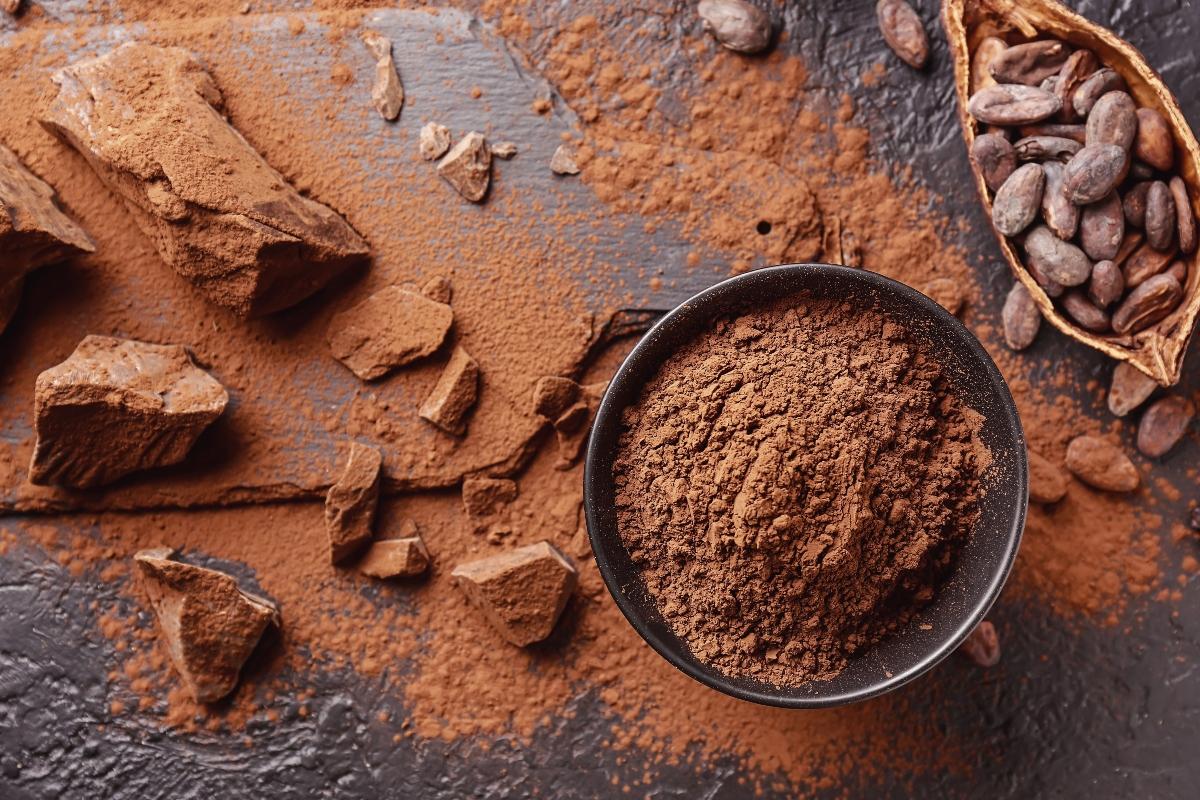 alimenti ricchi di ferro: cacao