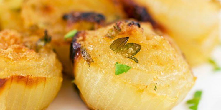 Cipolle al forno gratinate