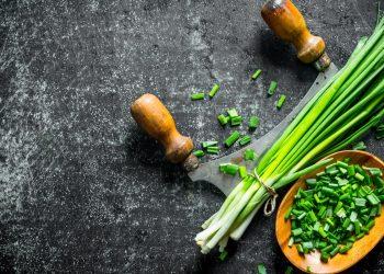 erba cipollina: benefici e usi in cucina