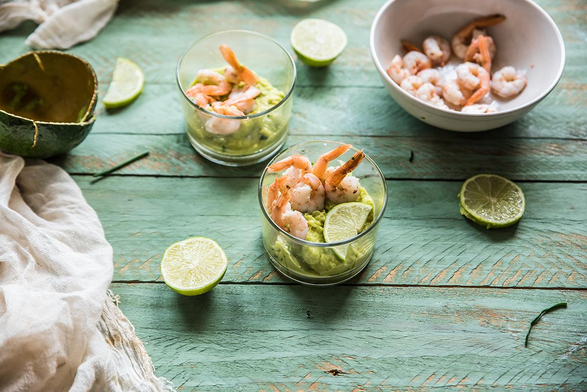 gamberi: crema di avocado e erba cipollina