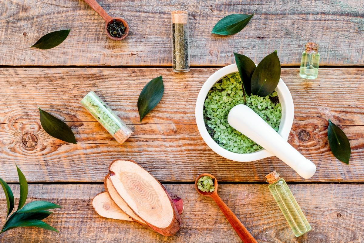 tea tree oil: cos'è, benefici, usi, controindicazioni