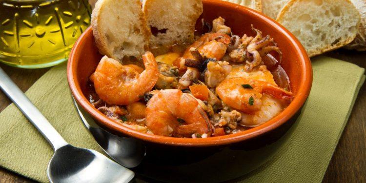 Zuppa di pesce: un piatto completo